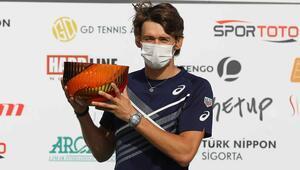 Antalya Açıkta şampiyon Alex De Minaur