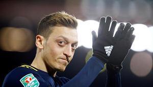 Mesut Özil, Fenerbahçeyi takibe aldı Taraftar heyecanlandı...