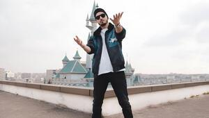 """Veyasin'in """"Sahne Benim"""" girişimi, yeni rap yıldızını halkın seçeceği online yarışmaya dönüyor"""