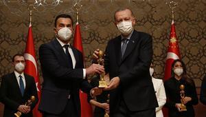 Kanal Dye iki Medya Oscar'ı