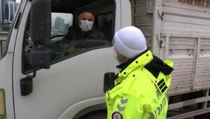 İstanbul Maltepede ceza kesilen sürücü ile polis arasında ilginç diyalog Bana bugün müsaade edin