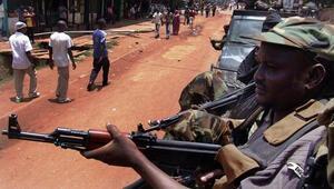 Orta Afrika Cumhuriyetinde 30 isyancı öldürüldü