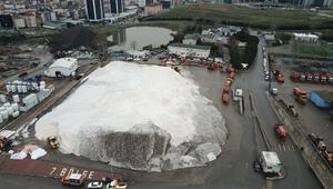 Kartaldaki tuz dağı havadan fotoğraflandı