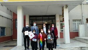 Japon öğrenciler, İzmirli depremzede öğrencileri unutmadı