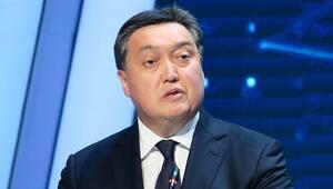 Kazakistanda Askar Mamin başkanlığındaki hükümet istifa etti