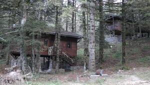 Gölcük Tabiat Parkı'nda 25 bungalov ev 3 yıldır atıl halde bekliyor