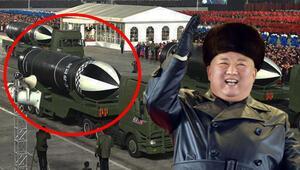 Kuzey Koreden devasa askeri geçit töreni, dünyanın en güçlü silahı tanıtıldı...