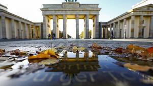 Almanya tam kapanma yolunda
