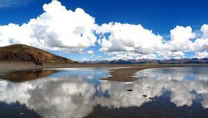 Göz kamaştıran güzelliğiyle Namtso Gölü
