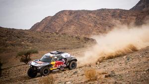 Dakar Rallisi'nde şampiyon Red Bulldan Stephane Peterhansel oldu