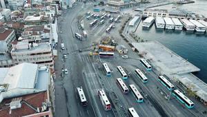 Boş kalan Üsküdar ve Kadıköy Meydanları havadan görüntülendi
