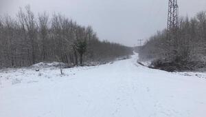Tekirdağın yüksek kesimlerinde kar yağışı