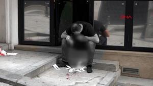 Elindeki tabancanın yüzüne patlaması sonucu ağır yaralandı