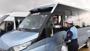 ABB zabıtası Çubuk'ta 25 bin maske dağıttı