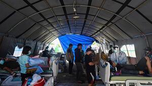 Endonezyada sel ve heyelan can aldı: 5 ölü
