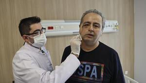 Yüzünün bir kısmını kaybeden hastaya yapay kemik tedavisi
