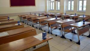 Okullar 15 Şubat'ta açılacak mı Okullar ne zaman açılacak Bakan Selçuk'tan açıklama