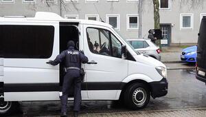 İnsan kaçakçılarına operasyon... 7 kişi gözaltında