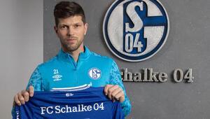Hollandalı futbolcu Klaas-Jan Huntelaar, Schalke 04'e döndü