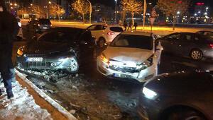 Diyarbakırda 22 aracın karıştığı zincirleme kaza: Çok sayıda yaralı