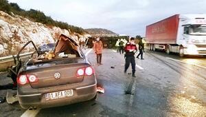TIR aileyi yok etti 5 ölü 2 yaralı