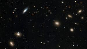 Bilim insanları iki dev radyo galaksi keşfetti