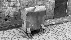 Diyarbakırda büyük vicdansızlık Çöp konteynerinde bulundu