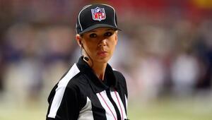 Super Bowlda bir ilk yaşanacak Kadın hakem Sarah Thomas...