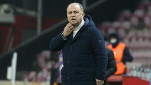 Galatasarayda 6-1 galibiyet sonrası Fatih Terimden Arda Turan, Muslera, Omar ve transfer açıklaması