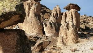 Yeşilhisar Akköydeki peri bacaları turizme kazandırılmayı bekliyor