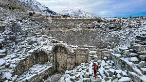 Karla kaplı Sagalassosun havadan görüntüsü hayran bıraktı