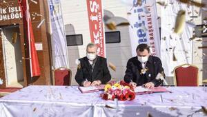 Karacabey Belediyesi'nde toplu iş sözleşmesi için imzalar atıldı