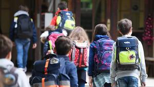 'Öğrenmede güçlük çeken öğrenciler sınıf tekrarlamalı'
