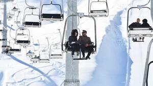 Akdenizin kayak merkezi: Yedikuyular... Sezonu açtı, misafirlerini ağırlamaya başladı