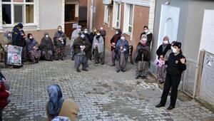 Edirne'de jandarma kadınlara KADES uygulamasını tanıttı
