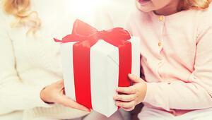 Zaten her şeye sahip olan çocuklar için hediye fikirleri