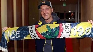 Mesut Özil takımın lideri değil bir parçası olmalı