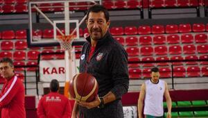 Ufuk Sarıca, Pınar Karşıyakanın başında 300. maçına çıkacak