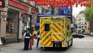 İngilterede koronavirüs nedeniyle son 24 saatte 1348 kişi öldü