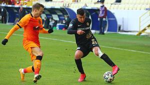 Galatasarayın sağ beki Martin Linnes, Yeni Malatyasporu 1-0 mağlup ettikleri maçın ardından konuştu.
