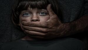 İngilterede en tehlikeli çocuk tacizi suçlularına yönelik operasyonlarda 320 kişi tutuklandı