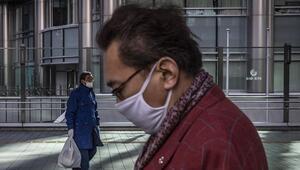 Japonyada koronavirüs krizi 15 binden fazla hasta sıra bekliyor