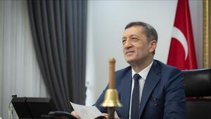 Okullar ne zaman açılacak Milli Eğitim Bakanı Ziya Selçuk, 15 Şubat'a işaret etti