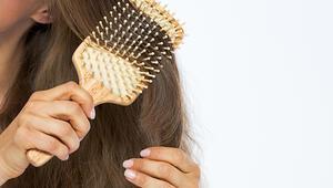 Bu hataları yapıyorsanız dikkat Saçınızı tararken...