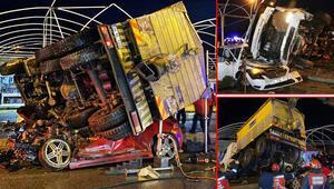 Son Dakika: Freni patlayan kamyon 2 otomobilin üzerine devrildi... Stajının son gününde can verdi