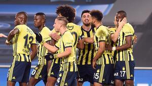 Fenerbahçe, ilk yarıyı pas rekoru ve 42 puanla tamamladı