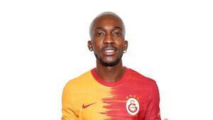 Galatasaray, Henry Onyekuru ve Halil Dervişoğlunun lisansını çıkarttı