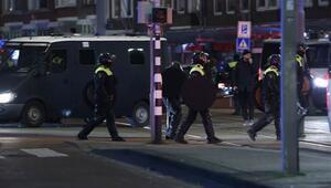 Hollandada koronavirüs eylemleri devam ediyor