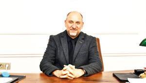 Op. Dr. Yahya Demirdelen yeni muayenehanesinde