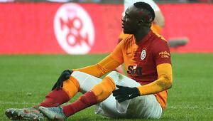 Galatasarayda Mbaye Diagne gidiyor, Yedlin geliyor